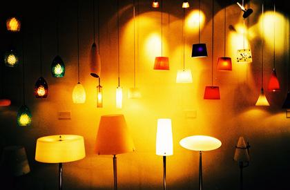 20051110220636_lightsandlamps